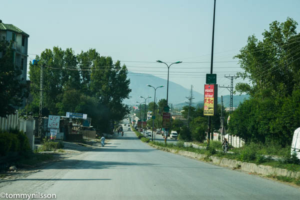 the-kkh-coming-into-abbottabad-_